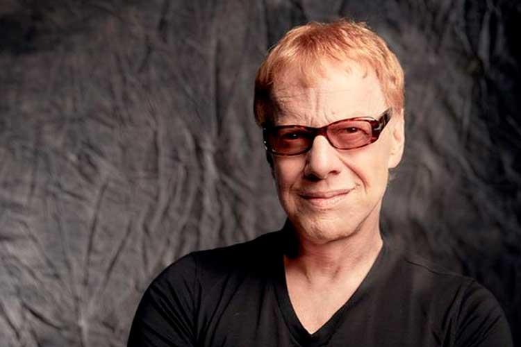 """""""Sorry"""" es el nuevo single de """"punk alienígena"""" de Danny Elfman"""