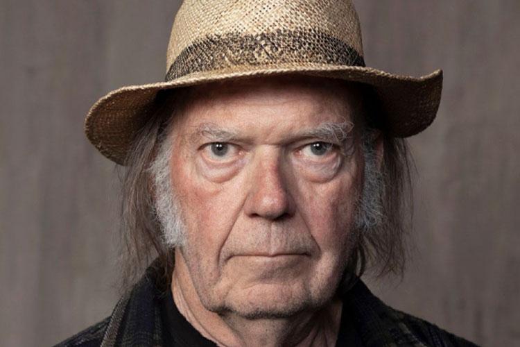 """""""Young Shakespeare"""", nuevo disco acústico en directo de Neil Young"""