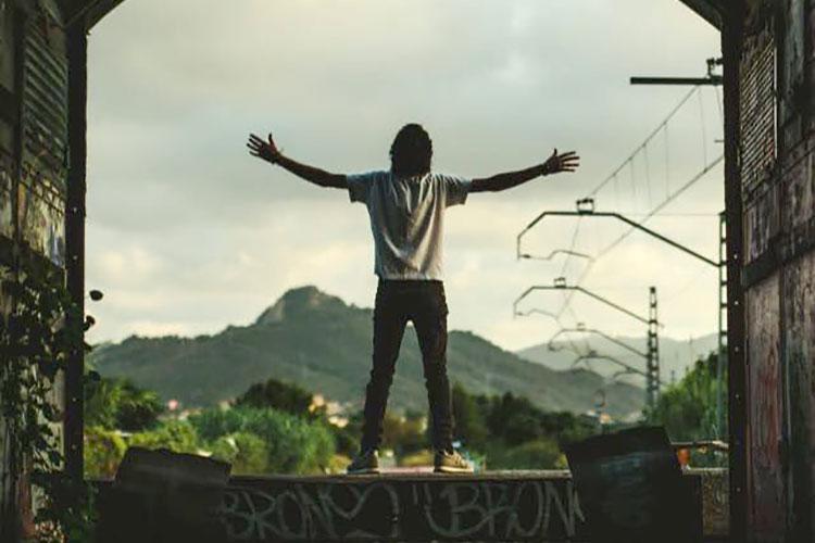 """Canciones de Nadie estrenan con nosotros el clip de """"El gran estallido"""""""