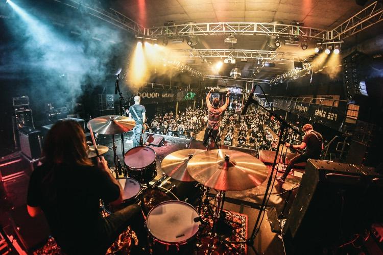 El sector musical de Euskal Herria pide que no se pare la música este verano