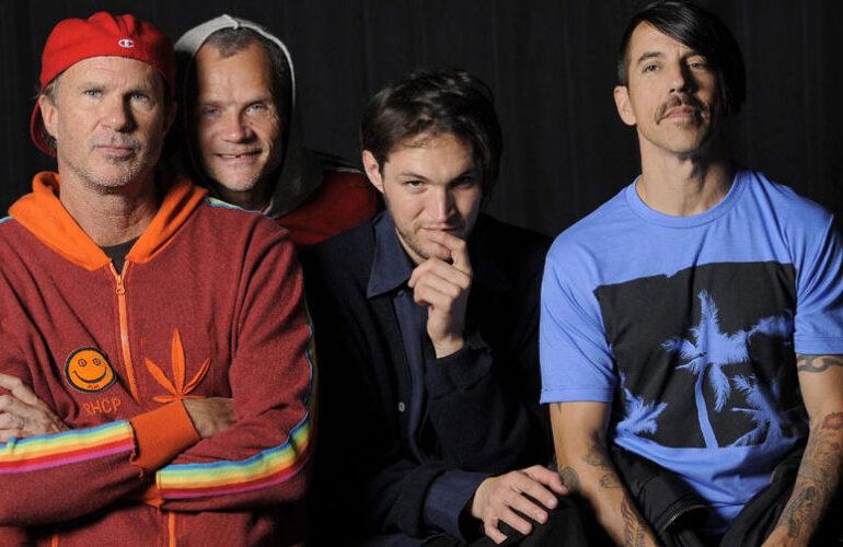 Red Hot Chili Peppers venden su repertorio por 140 millones de dólares