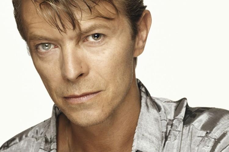 Se subasta una pintura de David Bowie por la que se pagaron 4 dólares