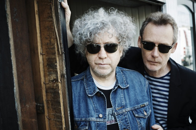 The Jesus And Mary Chain demandan a Warner Music