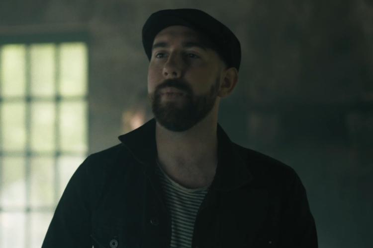"The Rumjacks tiran de nostalgia en el videoclip de ""Rhythm Of Her Name"""