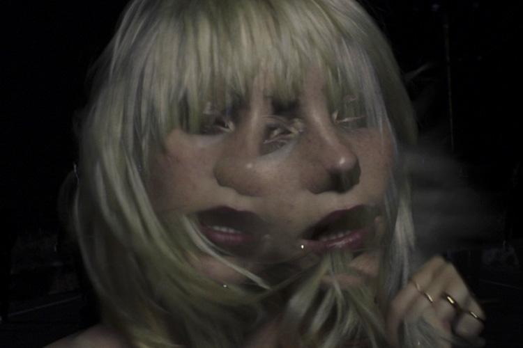 Billie Eilish estrena videoclip para «NDA», dirigido por ella misma