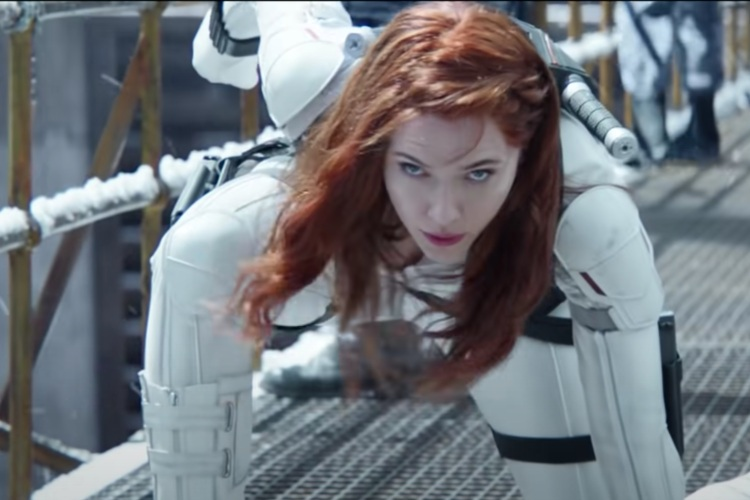 "Scarlett Johansson demanda a Disney por el estreno de ""Viuda Negra"""