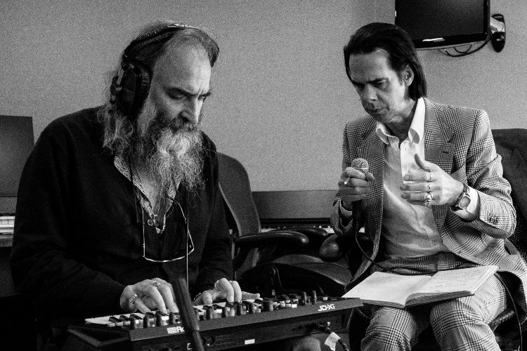 """""""Earthlings"""", un nuevo corte inédito de Nick Cave And The Bad Seeds"""