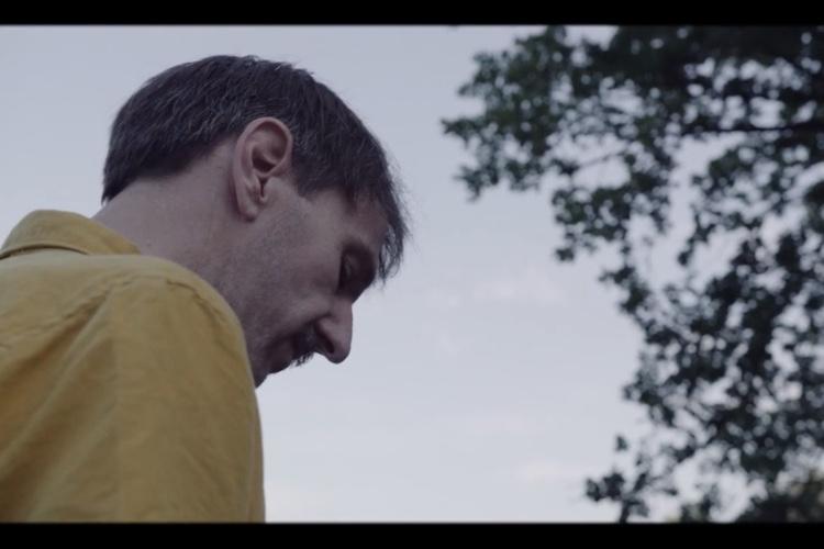 """Ni nos presenta el videoclip de su EP """"Hemen Ez Dago Zorionik"""""""