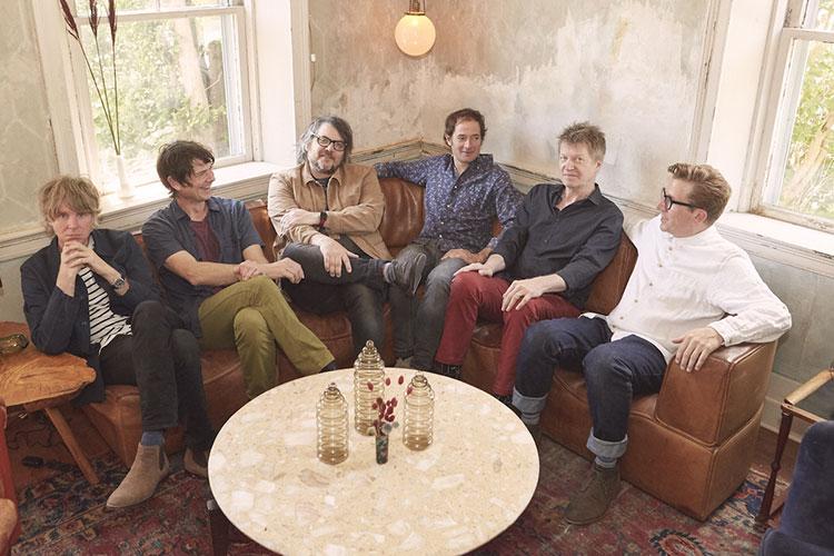 "Wilco presentarán por fin ""Ode To Joy"" con un concierto en Barcelona"